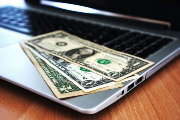 25 Easy Yet Effective Ways To Make Money Online In 2021