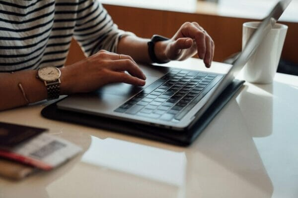 Data Entry Jobs – Your Search Ends With These 25 Legit Websites