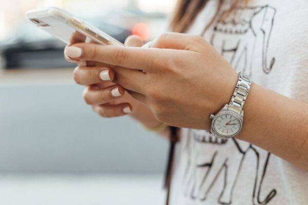 10 Easy Smartphone Jobs Paying $500 Or More Per Month